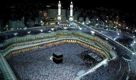 ka-bah-kiblat-umat-islam-di-masjidil-haram-makkah-arab-saudi-_121009155839-530